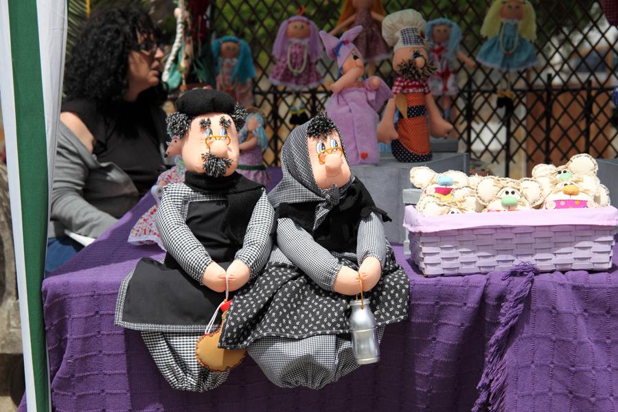 http://kvipic.ru/Fiestas/RomeriaShow/008.jpg