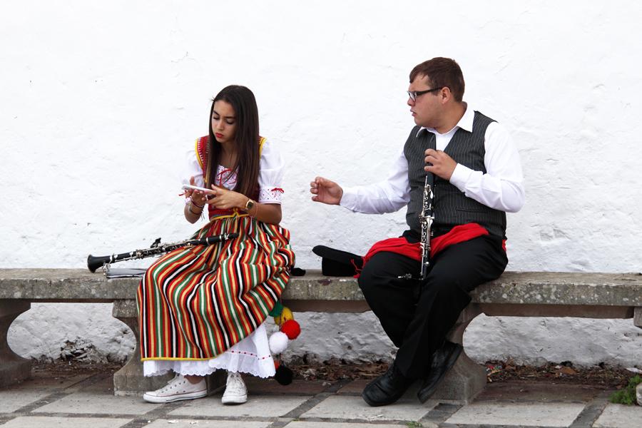 http://kvipic.ru/Fiestas/RomeriaShow/010.jpg