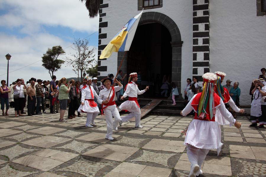 http://kvipic.ru/Fiestas/RomeriaShow/042.jpg