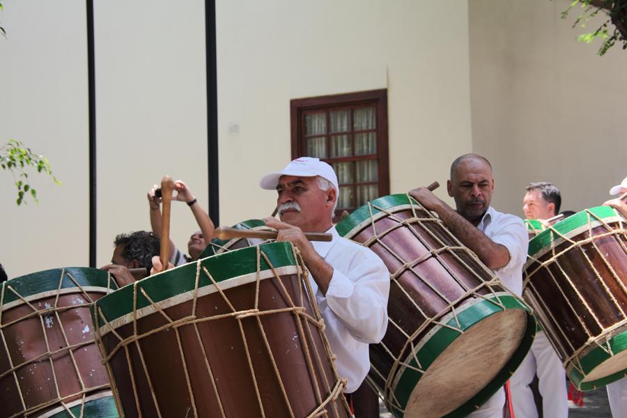 http://kvipic.ru/Fiestas/RomeriaShow/047.jpg