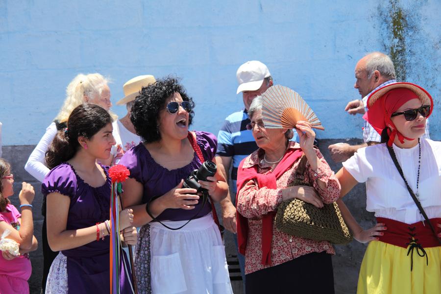 http://kvipic.ru/Fiestas/RomeriaShow/081.jpg