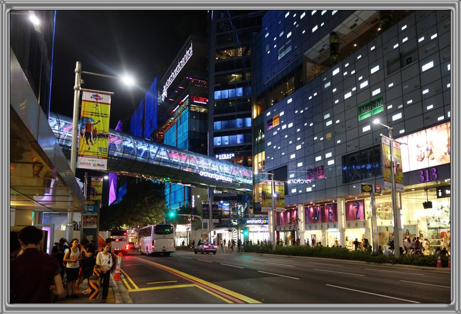 http://kvipic.ru/Singapore/SingaporeShow/005.jpg