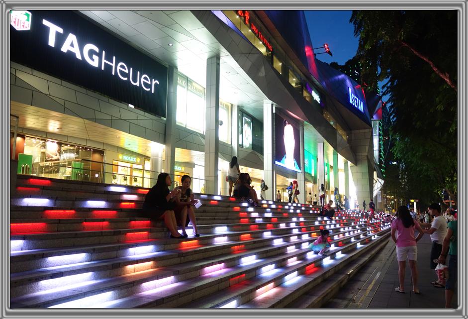 http://kvipic.ru/Singapore/SingaporeShow/008.jpg